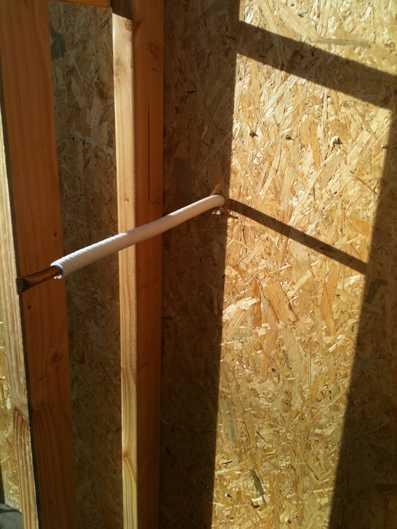 Test l air de votre maison paille ou autre isolant naturelhome l 39 a - Faire un mur en bois ...