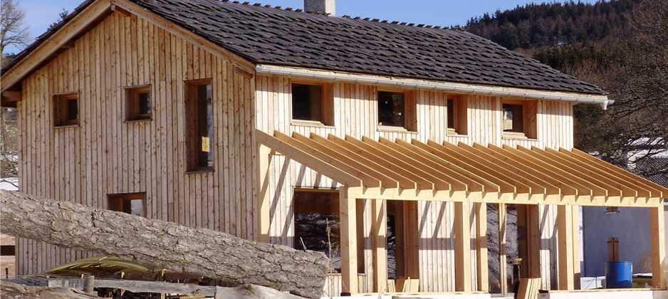 Naturelhome l 39 autoconstruction de maisons paille et yourtes for Autoconstruction maison en paille
