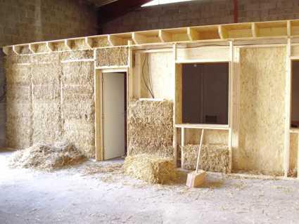 Autoconstruction maison bois paille segu maison - Combien coute une maison en autoconstruction ...